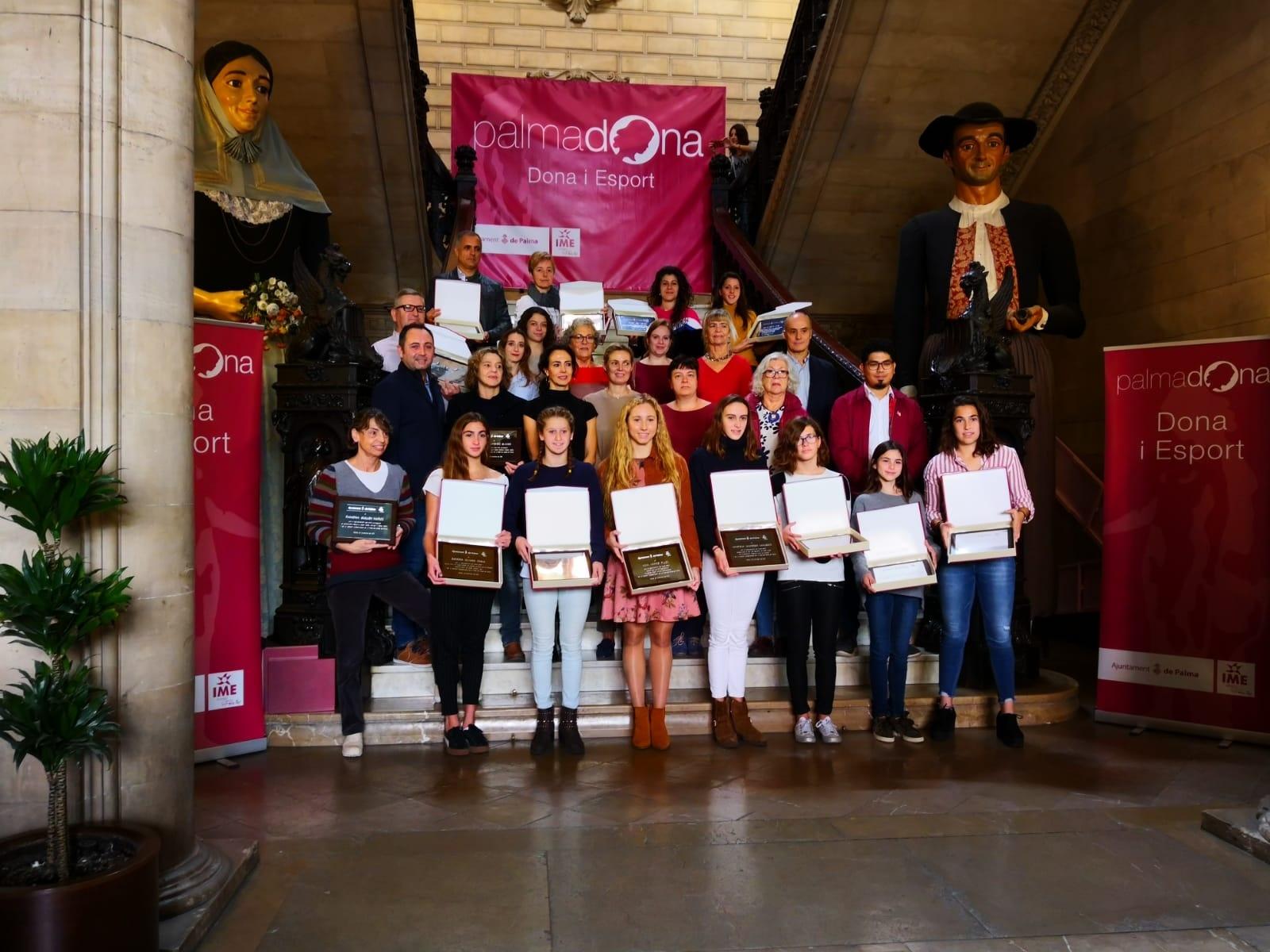 HOMENAJE DEL AJUNTAMENT DE PALMA AL DEPORTE FEMENINO